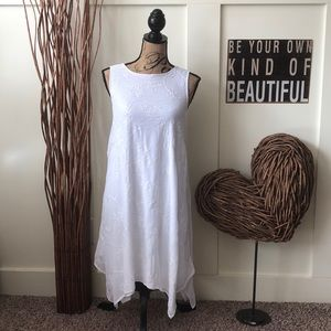 Elle Modern white white on white embroidered dress